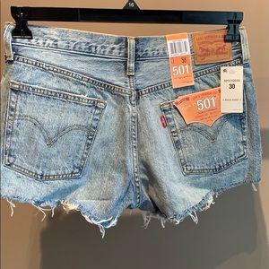 NWT - Levi's Denim Shorts - 30